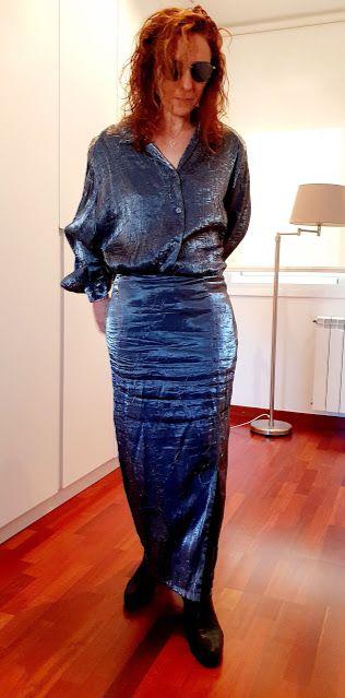 Blusa y falda T XL gris metalizado