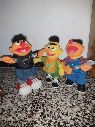 muñecos epi y Blas
