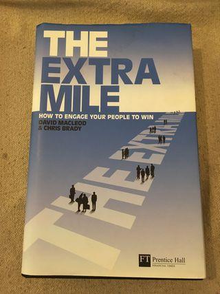 The Extra Mile - Libro coleccion