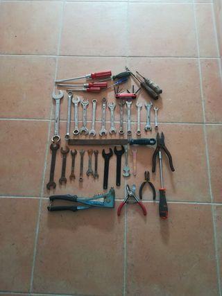 conjunto de herramientas de mecanica y bricolaje