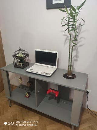 Mesa de TV o mueble auxiliar
