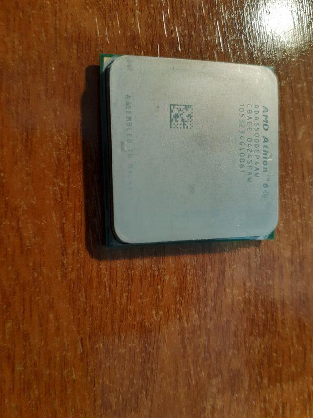 Procesador AMD Athlon 64 3500 NewCastel socked 939