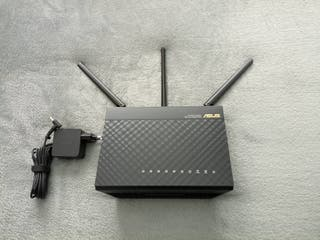 Router gaming inalámbrico Asus RT-AC68U mod AC1900