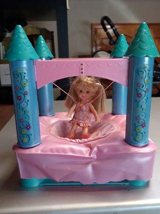 Castillo hinchable Chelsea de Barbie