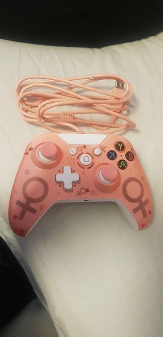 mando Xbox One rosa