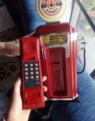 Teléfono vintage estilo antiguo