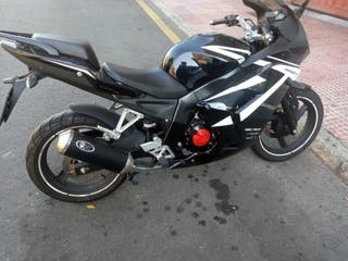 Moto Daelim Roadwin R Fi