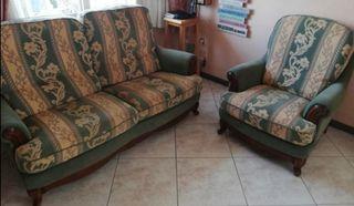 Sofa y sillon antiguos de época