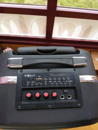 Altavoz portátil con Karaoke