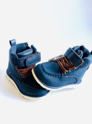 Zapatos botas para bebe talla 19 nuevas