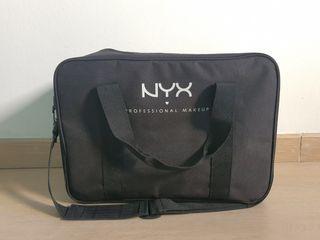 Maletín de maquillaje y peluquería profesional Nyx