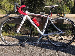 Bici carretera canondale