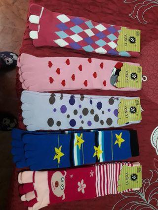 calcetines de dedos