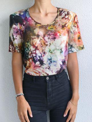Camiseta + chaqueta flores vintage