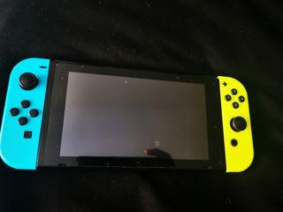 Nintendo switch +5 juegos +accesorios 350