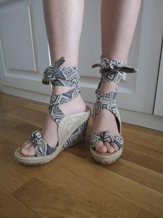 sandalias de cuña esparto de Alma en Pena