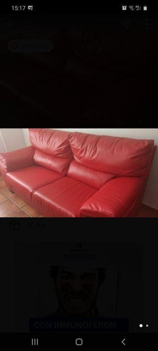 Sofá rojo de 3 plazas