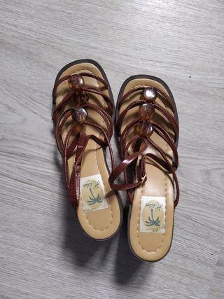 Sandalias tacón ancho talla 39