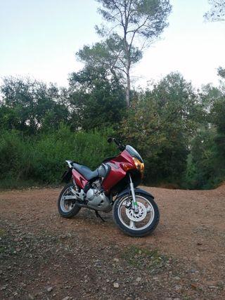 [Interesa quad] Honda Varadero 125