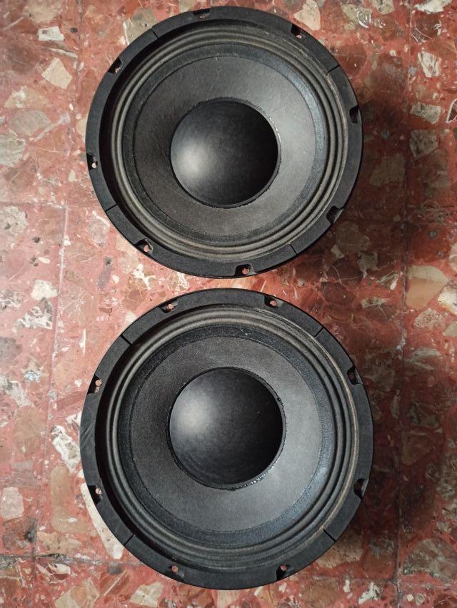 altavoces Max audio
