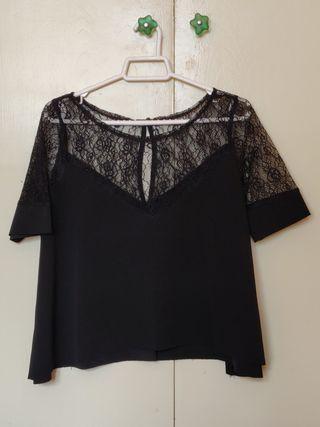 Blusa encaje negro Zara