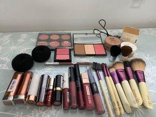 Lote de maquillaje