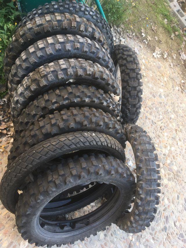 Lote de ruedas moto de campo