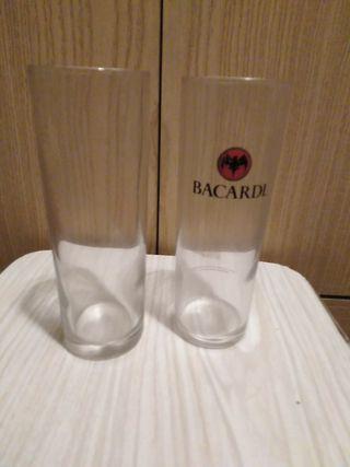 2 vasos de tubo