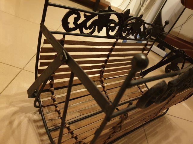 Revistero forja y madera antiguo estilo industrial