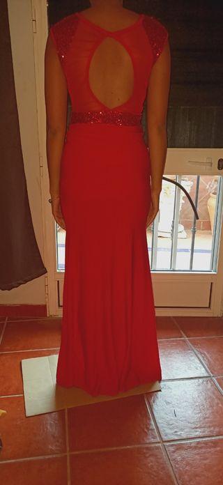 Vestido rojo con lentejuelas