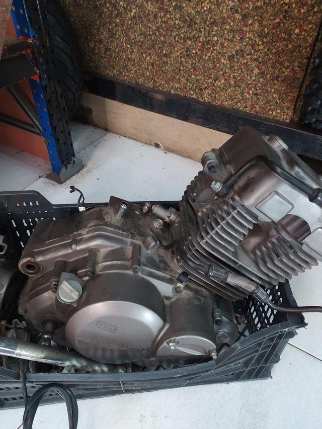 Motor Hyosung Rk 125