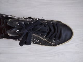 Zapatillas Zara tachuelas