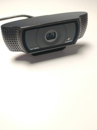 Cámara Logitech HD 1080 (precio negociable)