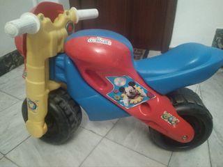 Moto correpasillo clubhouse