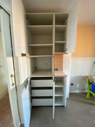 Mueble columna cocina blanco