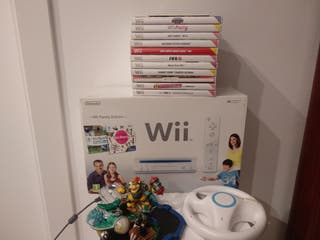 Wii con mandos y 12 videojuegos
