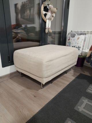 Reposa pies sofá
