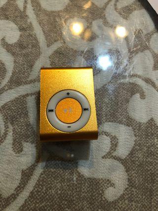 MP3 con cargador original caja y target micro sd