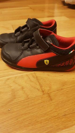 Zapatillas para niño. Puma t.26