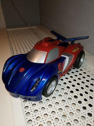 juguete coche spiderman
