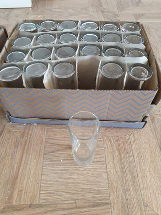Juego de 24 vasos de tubo
