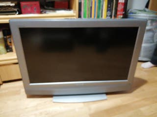 Sony bravía LCD color TV.