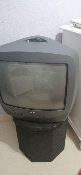 vendo dos televisiones y monitor