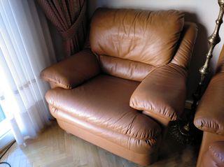 sillón de piel.