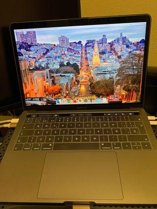 """MacBook Pro 13.3"""" 2018 - 16GB RAM - 1 TB SSD"""