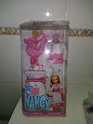 Conjunto muñeca Nancy new