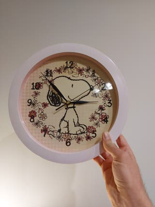 Reloj de pared de Snoopy