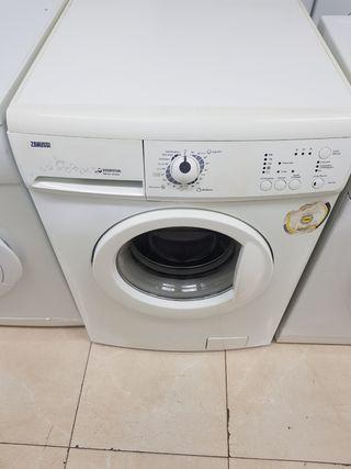 Lavadora Zanussi 6kg Class A+A rpm1000