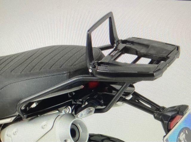 Ducati Scrambler. Soporte Easyrack para Topcase.