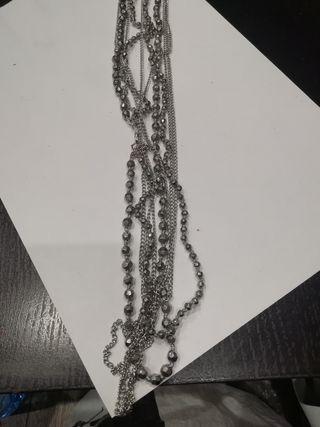 collar de pieces